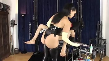Rubber Latex Strapon BDSM