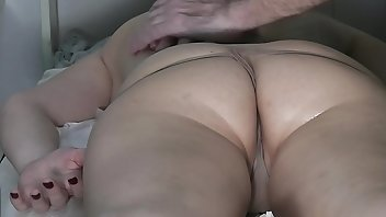 Rubbing Amateur Wife Big Ass
