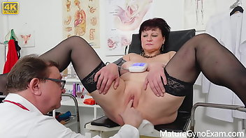 Gyno Pussy Mature Squirt